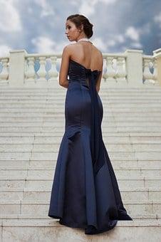 długie sukienki rozkloszowane w sklepie online