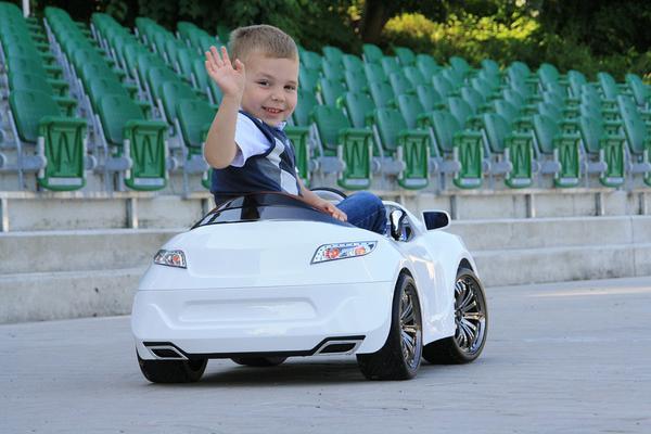 modne samochody dla dzieci