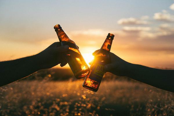 Skuteczne sposoby na zatrucie alkoholem