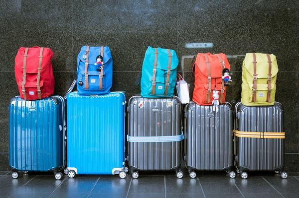 Transporty bagażów w Warszawie – tanio
